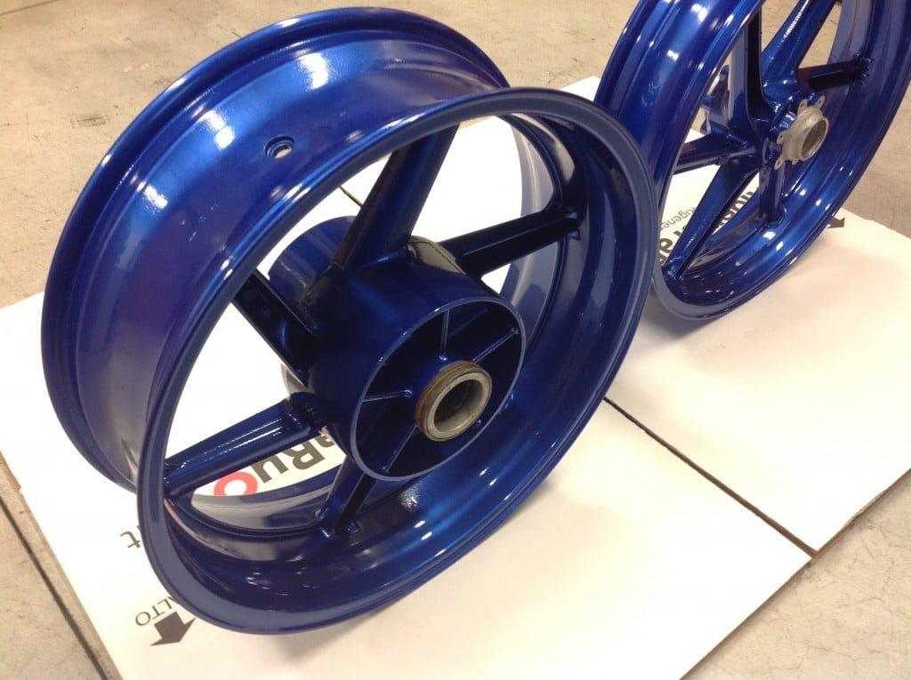 Verniciatura cerchi moto BLU Suzuki