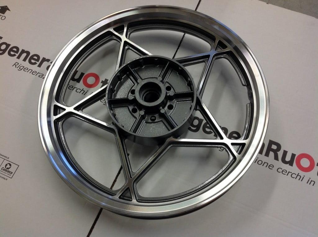 Restauro cerchi Suzuki GS500